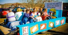 Alton UMC float.