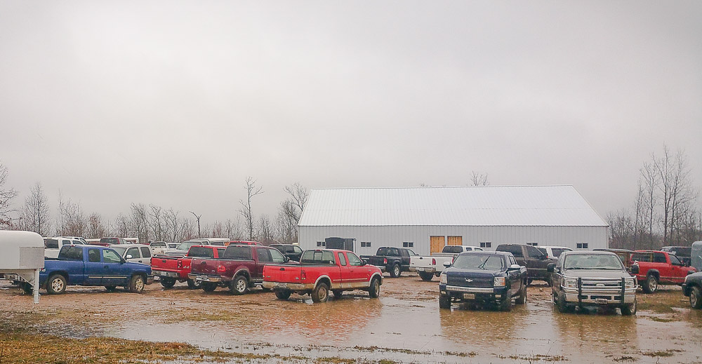MO/ARK LIVESTOCK AUCTION LLC. Building on highway AA in Alton Missouri.