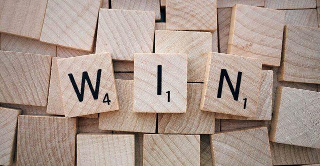 Scrabble spelling win