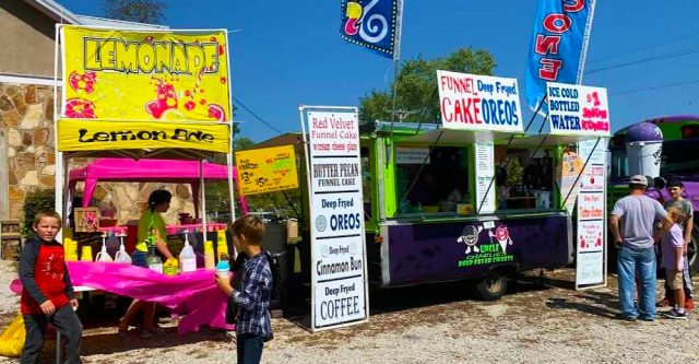 Uncle Charlie's Deep Fryed treats was a hit with many varieties of funnel cakes, fresh squeezed lemonade, sandwiches, and so much more
